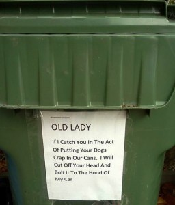 garbage-can-dog-poop__oPt